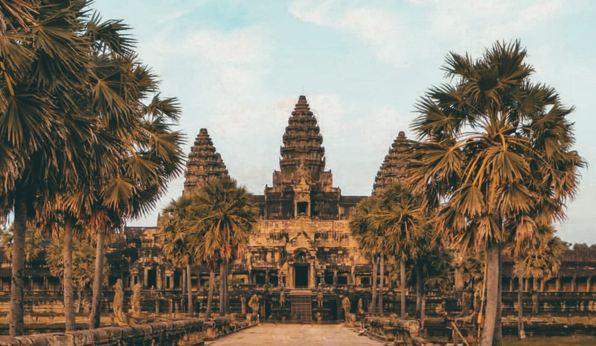 Angkor Wat Travel Guide: Top 10 Things to Prepare