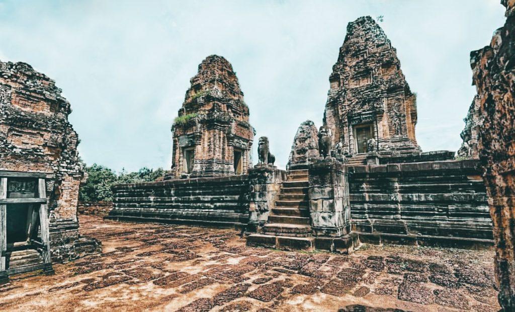 Angkor Wat_East Mebon